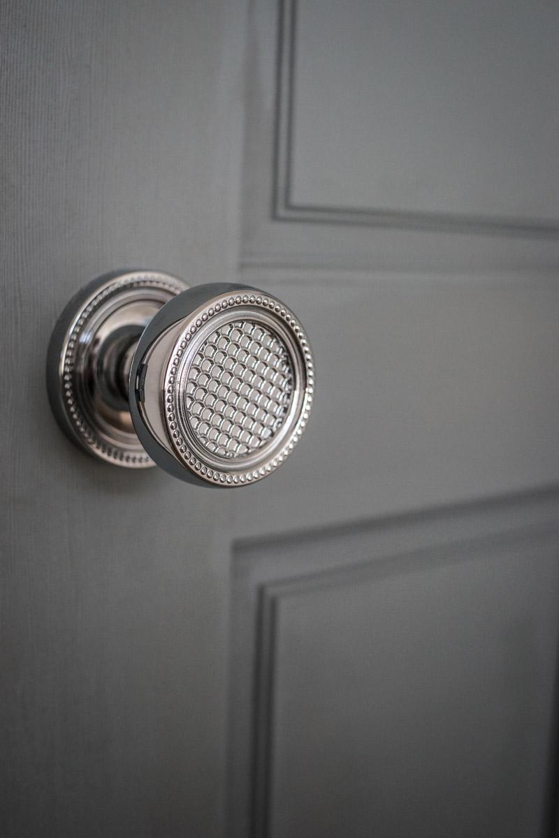 Baldwin Estate Doorknob Simpson Hardwood Door