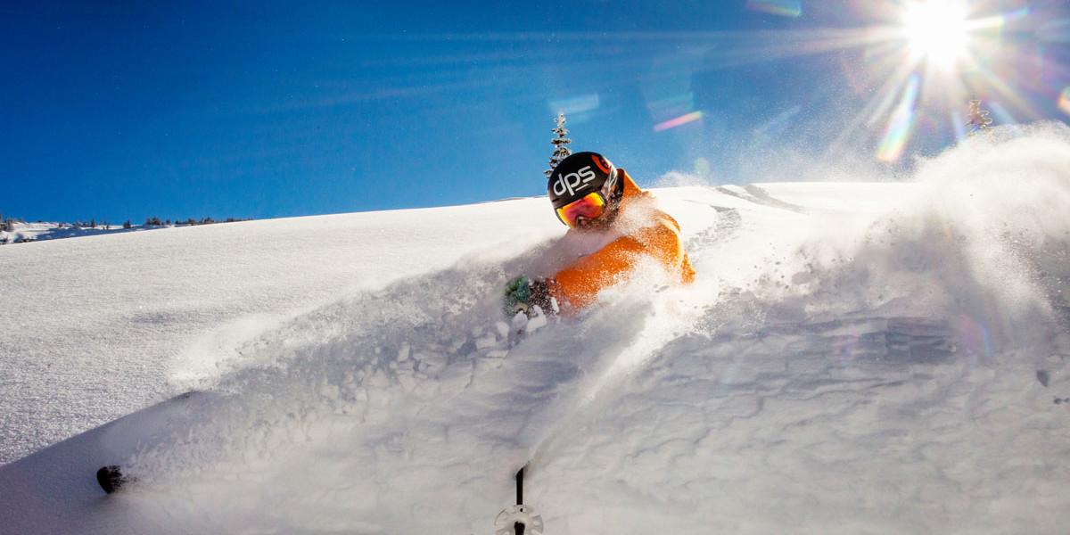 aspen powder spring skiing