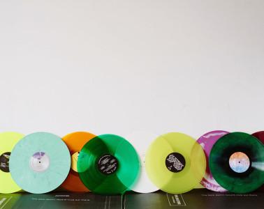 vinyl me please header2