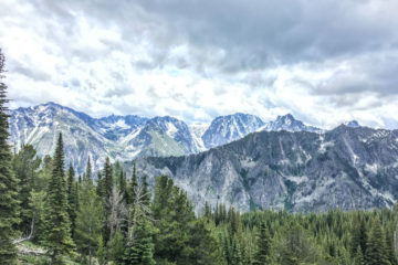 The Enchantments Mountains in Washingtons Cascades